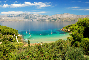 lovrecina-beach-island