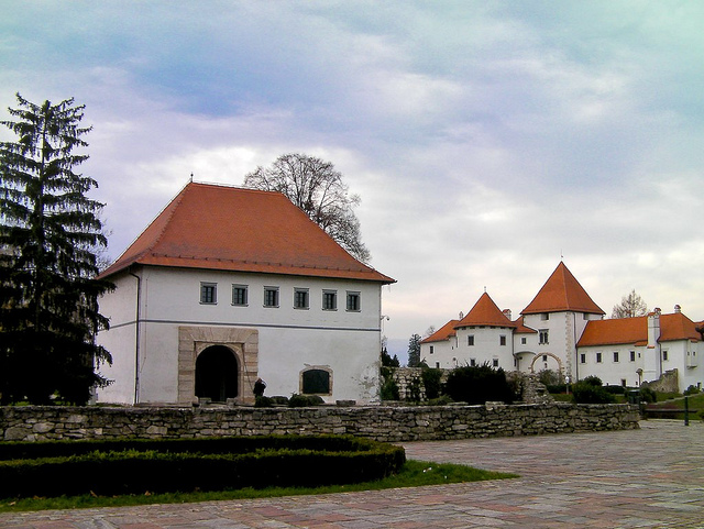varazdin-stari-grad-luxury-wedding-in-croatia-luxury-concierge-antropoti
