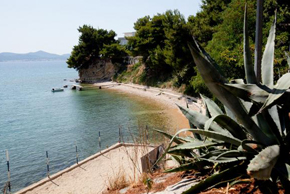 beach-punta-bajlo